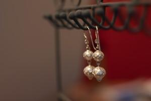 Comment entretenir et nettoyer vos bijoux en argent 925 - Comment nettoyer des bijoux en argent ...